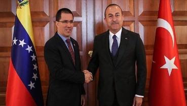 Dışişleri Bakanı Çavuşoğlu Venezuelalı mevkidaşı Arreaza ile görüştü