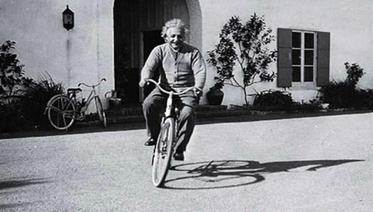 Einstein'dan Yaşam Üzerine Öneriler