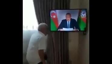 27 yıl sonra Zengilan şehri ve çok sayıda köyün Ermeni işgalinden kurtarılmasına sevinen bir Azerbaycan Türk'ü..