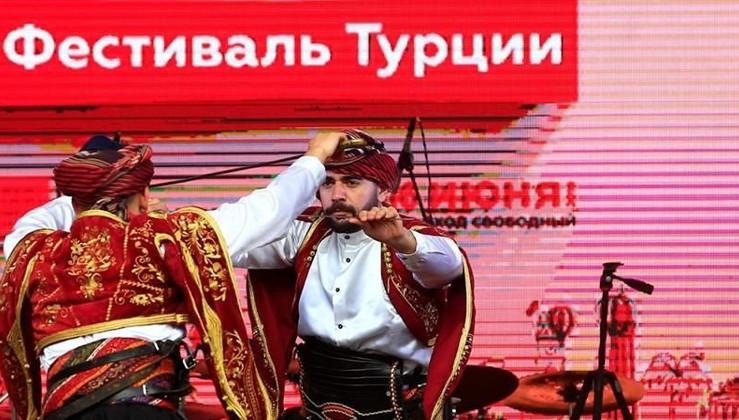Rusya'da Türkiye Festivali'ne büyük ilgi