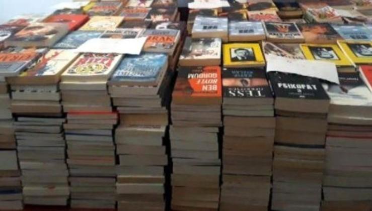 İstanbul'da korsan olduğu belirlenen 4 bin 418 kitap ele geçirildi