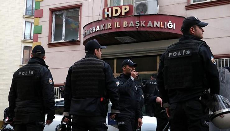 Teröristbaşı Öcalan için açlık grevi başlatan HDP'ye ikinci baskın