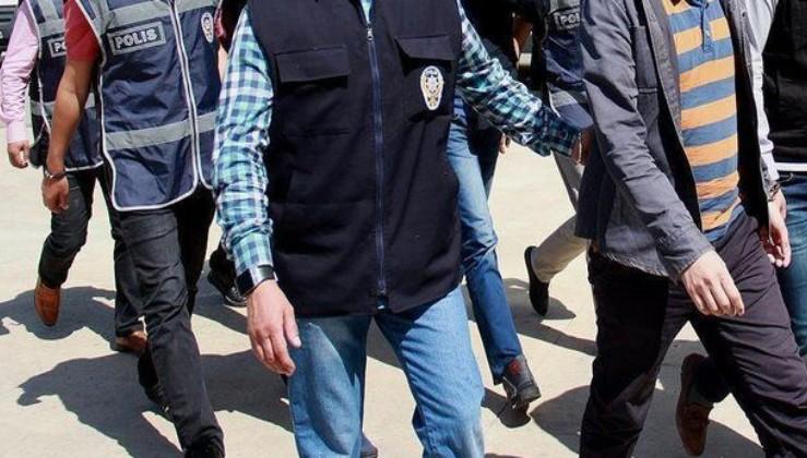 Balıkesir'de FETÖ operasyonu: 6 gözaltı.