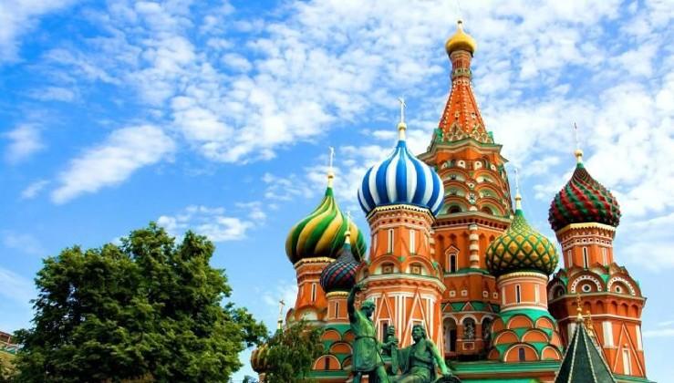 Putin, Rusya'yı vizesiz ziyaret edebilecek Türk vatandaşlarının kapsamını genişletti