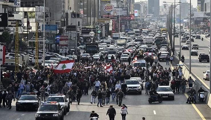 Lübnan'da protestocular ile emniyet güçleri arasında gerginlik