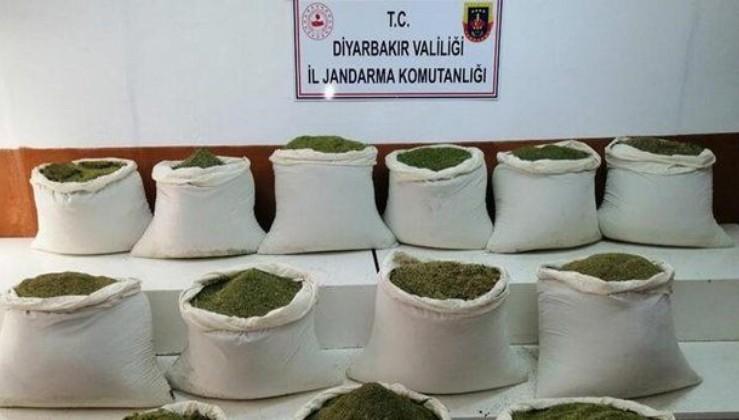 SON DAKİKA: Diyarbakır Lice'de uyuşturucu operasyonu: 1 ton 16 kilogram esrar ele geçirildi
