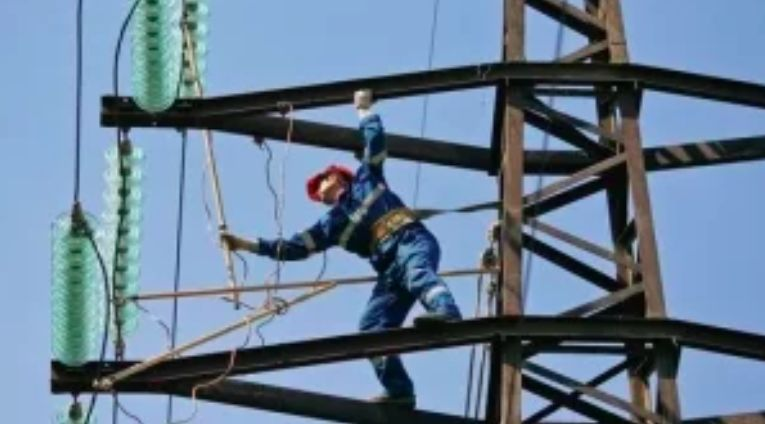 """""""А як же бізнеснакрові і все таке?"""" - Через російський імпорт відключають українські електростанції"""