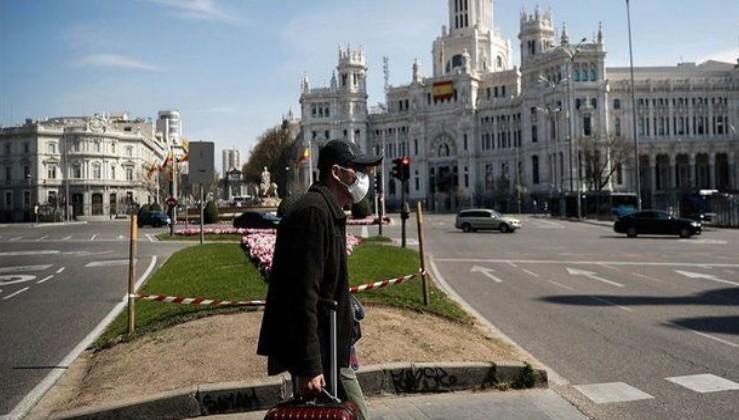 Son dakika: İspanya'da koronavirüsten ölenlerin sayısı 10 bini aştı!.