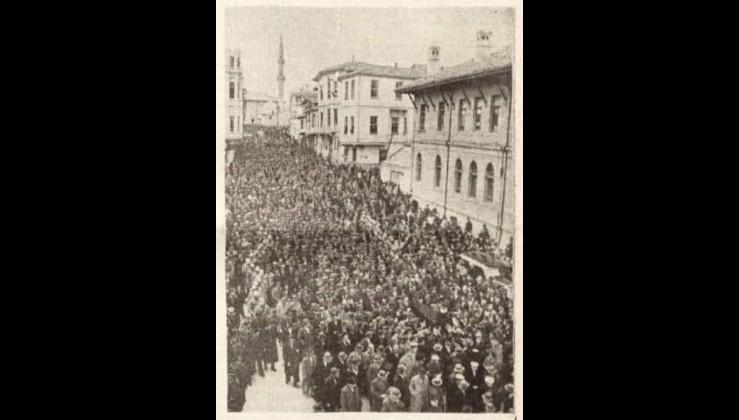 Hacıbayram, Türkiye Cumhuriyeti'nin ilk Diyanet İşleri Başkanı Rıfat Börekçi'nin Cenaze Töreni