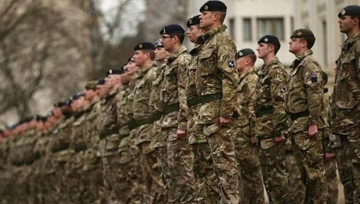 İngiltere'ye Afganistan ve Irak'taki savaş suçlarını gizleme suçlaması