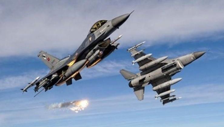 Irak'ın kuzeyinde HDPKK'ya bomba yağdı