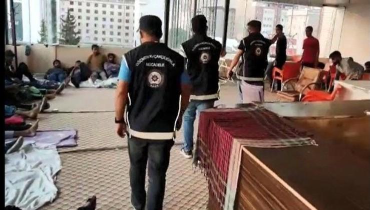 MİT ve Emniyet'ten ortak operasyon! Van'da 26 kaçak göçmen yakalandı