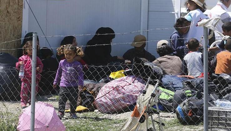 BM Sözcüsü: Yunanistan göçmenleri adalarda adeta istifliyor!