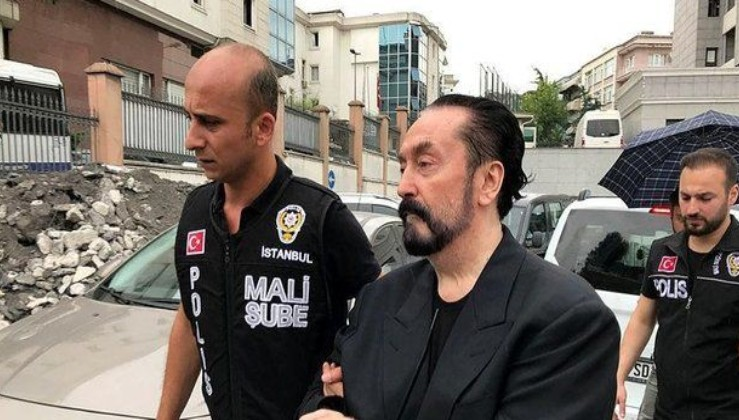 SON DAKİKA: Adnan Oktar Silahlı Suç Örgütü'nde ajan paniği: Birbirlerini yemeye başladılar!