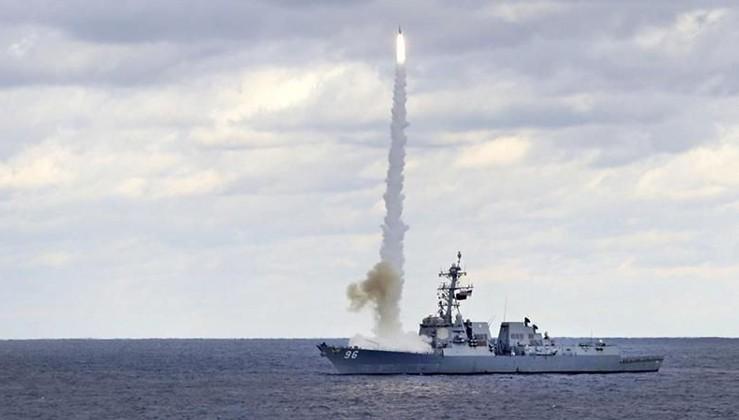 ABD gemileri savaş provasına başladı