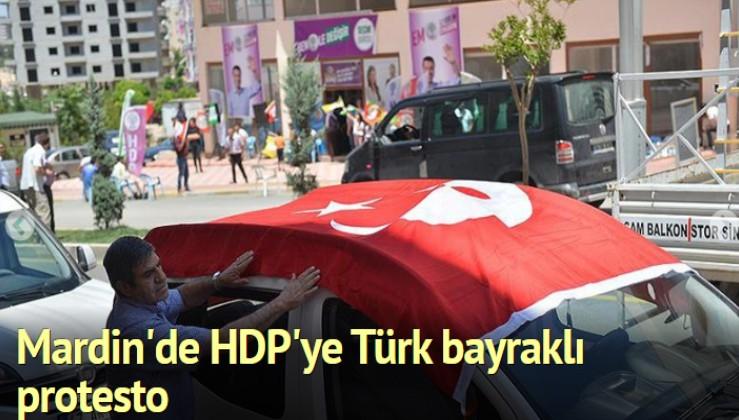 HDP'ye seçim bürosu açılışında 'Türk bayraklı' tepki