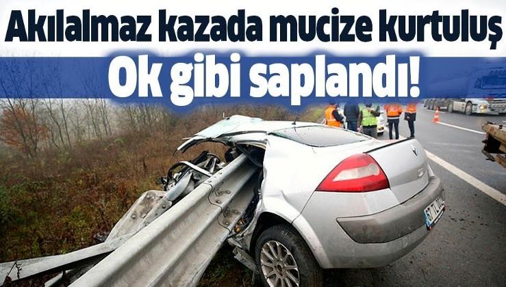 Otomobil bariyere ok gibi saplandı! Nişanlı çift akılalmaz kazadan yaralı kurtuldu.