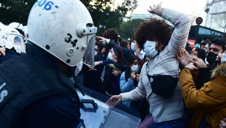 Boğaziçi'ndeki eylemlerde gözaltındaki 15'inin öğrenci olmadığı ve bazılarının terör örgütü MLKP ile irtibatlı olduğu tespit edildi