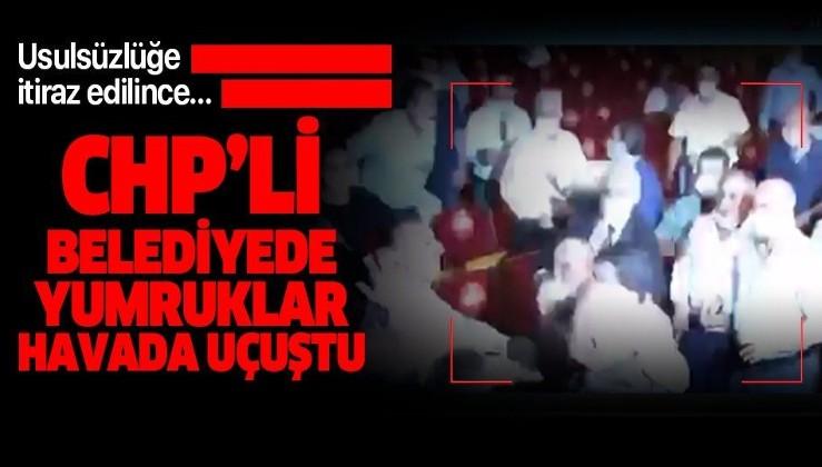 CHP'li Adana Büyükşehir Belediyesi Meclisi'nde yumruklu kavga!
