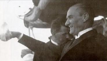 BENZEMEZ KİMSE SANA Müzeyyen Senar & Mustafa Kemal Atatürk