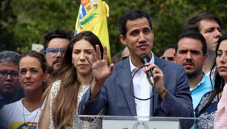 Haydutluğun bu kadarı: Venezuela'nın mal varlığını korsan başkana devrettiler!