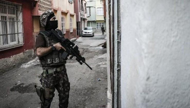 Son dakika: İzmir'de PKK/KCK operasyonunda 5 şüpheli gözaltına alındı
