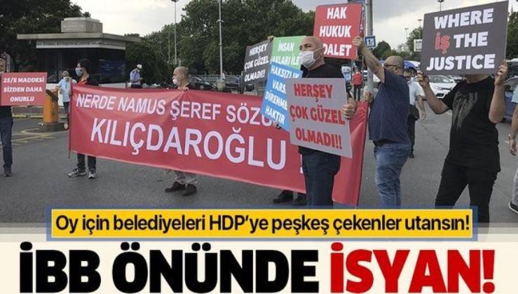 Son dakika: İSPARK'tan çıkartılan işçiler İBB önünde protesto yaptı: Nerede namus şeref sözü veren Kılıçdaroğlu