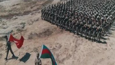 """Azerbaycan'ın yayınladığı """"Karabağ'ın Sesi"""" adlı klipte Türk askerlerine yer verildi"""