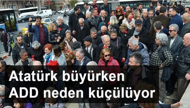 O gazeteciden ADD Genel Merkezi'ne yaylım ateşi: Atatürk büyürken ADD neden küçülüyor?