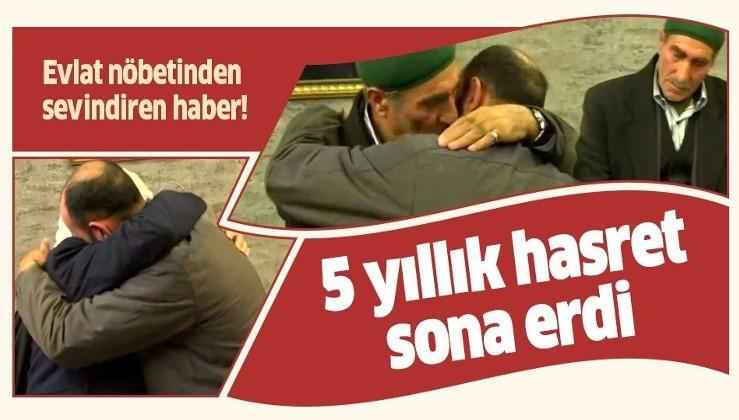 Evlat nöbetinden sevindiren haber! HDP önünde eylem yapan bir aile daha evladına kavuştu.