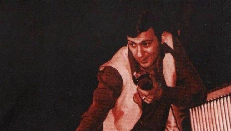 Son dakika haberi: Türkiye'nin Elvis Presley'i Erkut Taçkın hayatını kaybetti! Ölüm nedeni...