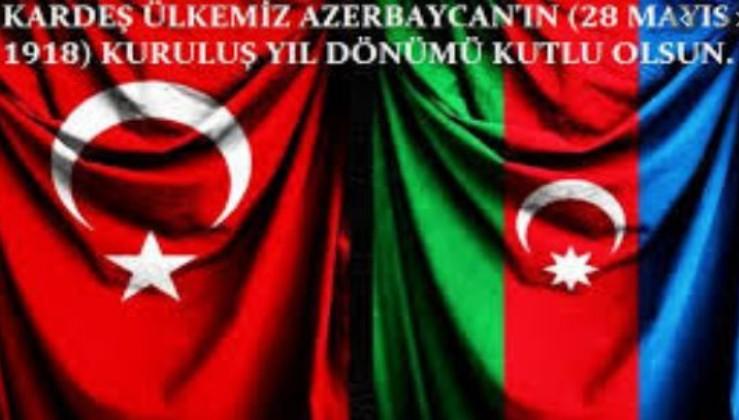 Azerbaycan'da Cumhuriyetin 102. yıl dönümü kutlanıyor