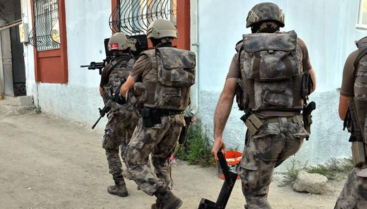 Adana'da PKK'nın uyuyan hücrelerine operasyon: 2 kişi gözaltına alındı