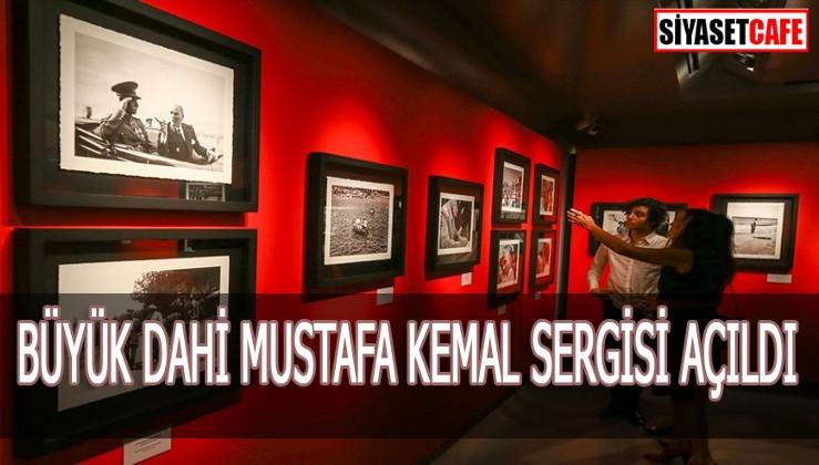 İzmir'de Büyük Dahi Gazi Mustafa Kemal Sergisi Açıldı