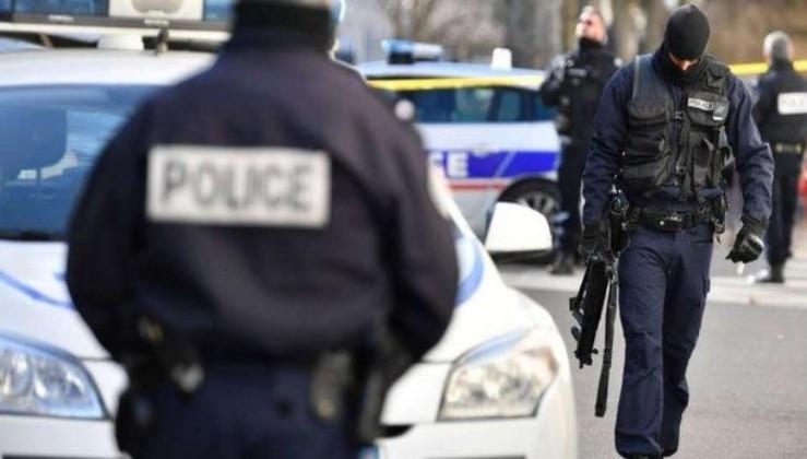 SON DAKİKA: Fransa'da silahlı saldırı! 3 polis öldü, 1 polis yaralı