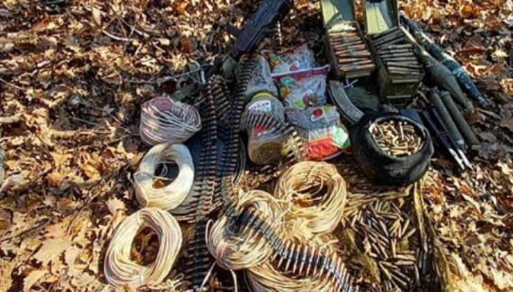 Terör örgütü PKK sığınaklarında cephanelik ele geçirildi!