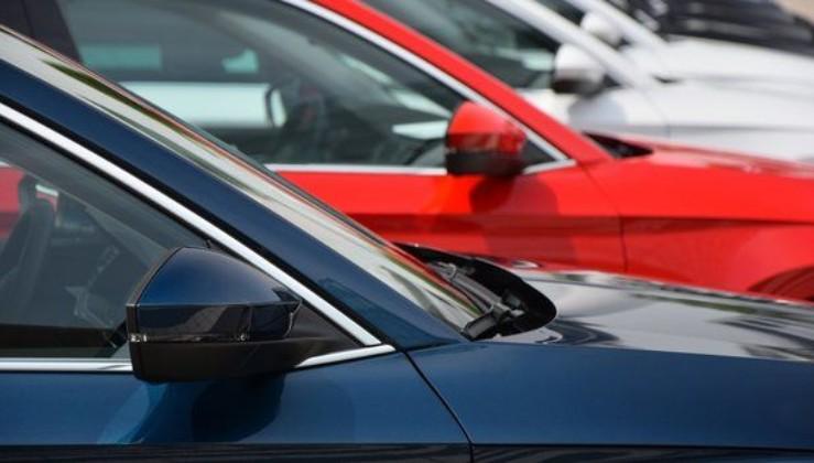 Nissan 450 bin aracını geri çağırıyor.