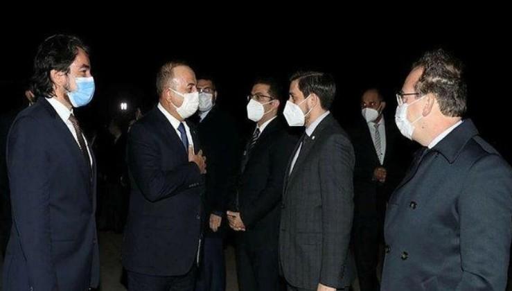Son dakika: Dışişleri Bakanı Mevlüt Çavuşoğlu Pakistan Cumhurbaşkanı Alvi ile bir araya geldi
