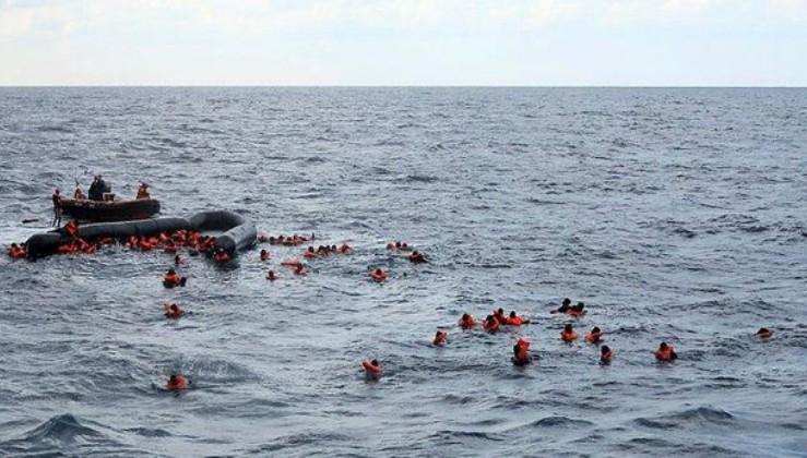 Libya açıklarında en az 17 göçmen yaşamını yitirdi
