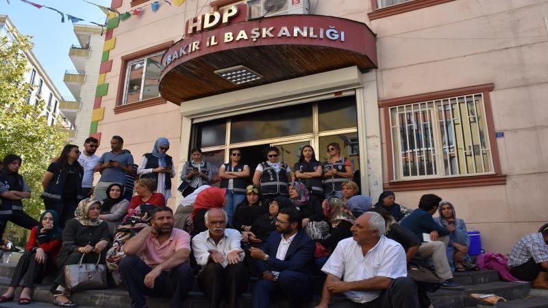 Diyarbakır anneleri için imza kampanyası