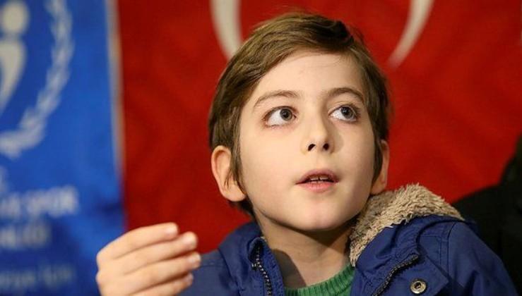 Atakan Kayalar hakkında skandal ifadeler kullanan Erkan Naldemirci Özyeğin Üniversitesi'nden kovuldu!.