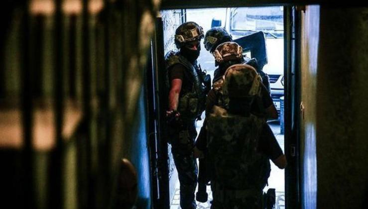 """4 ilde """"siber dolandırıcılık"""" operasyonu: 15 tutuklama"""