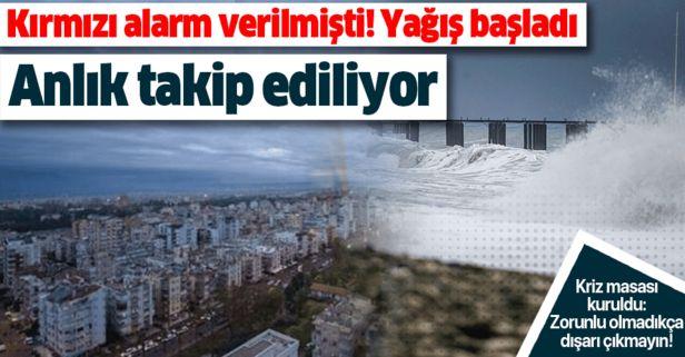 Son dakika: Kırmızı alarm verilmişti! Antalya'da yağış başladı.