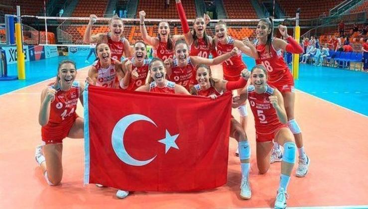 Voleybol Milli Takımı Avrupa Şampiyonası'nda finalde