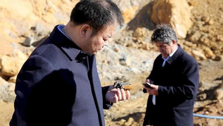 Köylülerin çıra sanıp yaktığı ürüne Çinlilerden talep