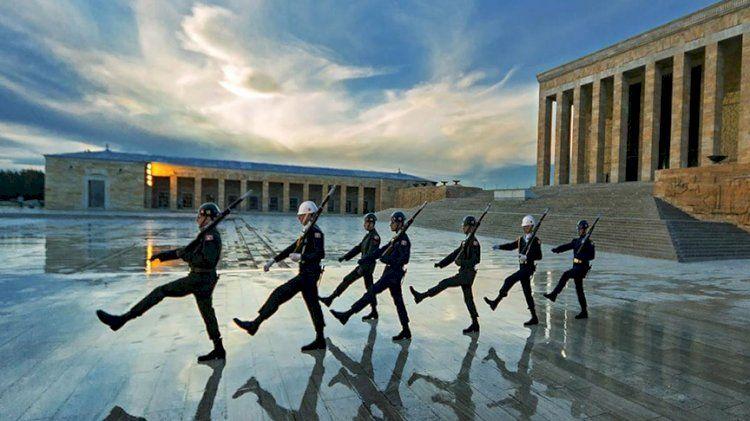 Ali Erbaş'a tepkiler çığ gibi büyürken TSK'dan dikkat çeken paylaşım