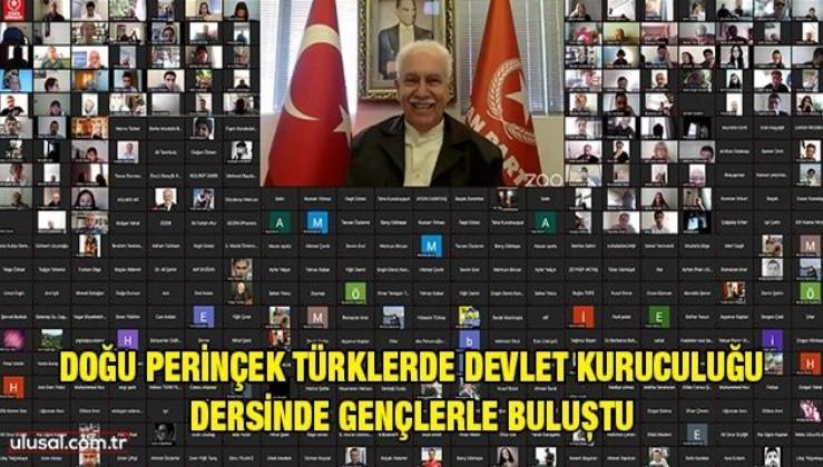 Doğu Perinçek Türklerde Devlet Kuruculuğu dersinde gençlerle buluştu
