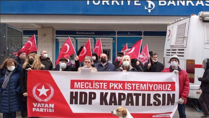 İzmir'in 15 farklı merkezinden tek ses yükseldi: HDP Kapatılsın !