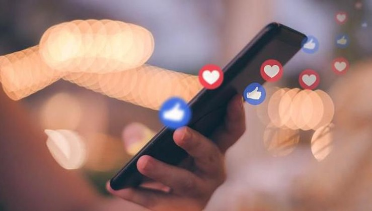 Sosyal medya mesaisi hız kazandı:Sahte içerikten kullanıcı sorumlu olacak