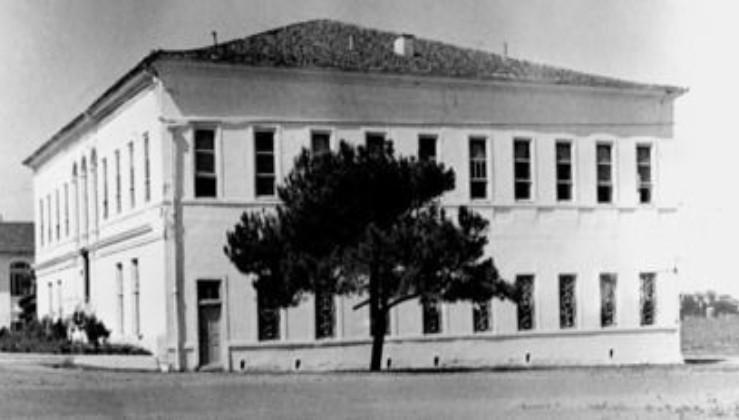 10 TEMMUZ 1923 - İstanbul'da Harp Akademisi kuruldu.